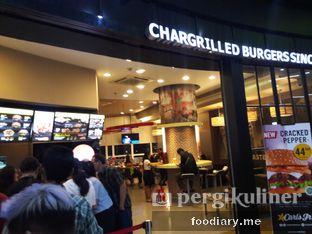 Foto 3 - Eksterior di Carl's Jr. oleh @foodiaryme | Khey & Farhan