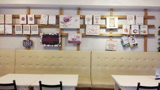 Foto review Little White Cafe oleh Inggie Sulastianti 4