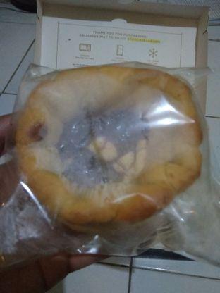 Foto 1 - Makanan(bluberry cream cheese) di Ezo Hokkaido Cheesecake & Bakery oleh Agung prasetyo
