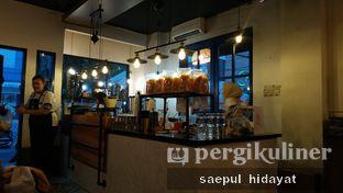 Foto 5 - Interior di Lekker Dan Kopi oleh Saepul Hidayat