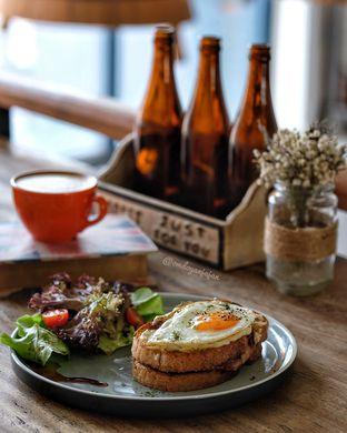 Foto 1 - Makanan di Koultoura Coffee oleh om doyanjajan