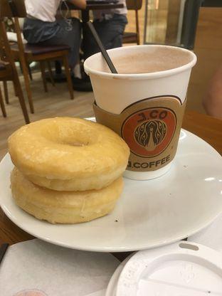 Foto 18 - Makanan di J.CO Donuts & Coffee oleh Prido ZH
