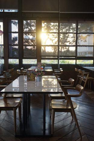Foto 19 - Interior di ROOFPARK Cafe & Restaurant oleh yudistira ishak abrar