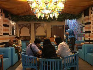 Foto 20 - Interior di Ylala Cafe & Resto oleh Mariane  Felicia