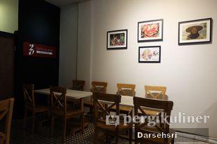 Foto 5 - Interior di DuaTujuLapan Coffee oleh Darsehsri Handayani