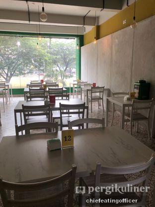 Foto 3 - Interior di Cobek Betawi oleh feedthecat