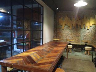 Foto 9 - Interior di The CoffeeCompanion oleh yeli nurlena