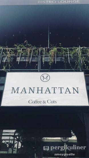 Foto 3 - Eksterior di Manhattan Coffee oleh Hungry Mommy