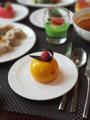 Foto 2 - Makanan di Asia - The Ritz Carlton Mega Kuningan oleh Makankalap