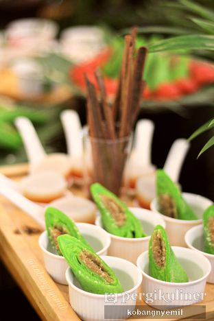 Foto 8 - Makanan di Canting Restaurant - Teraskita Hotel managed by Dafam oleh kobangnyemil .