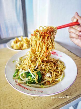 Foto 2 - Makanan di Bakmi Bangka Rosela 77 oleh Nanakoot