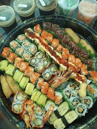 Foto 1 - Makanan di Sushi Tei oleh @eatfoodtravel