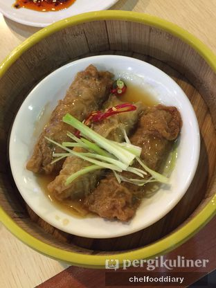 Foto 2 - Makanan(Lumpia Ayam Saus Tiram) di Imperial Kitchen & Dimsum oleh Rachel Intan Tobing