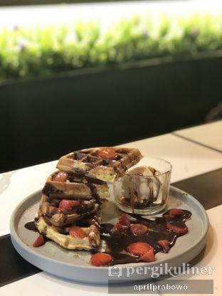 Foto 1 - Makanan(Strawberry Pancake) di PALADIN oleh April Prabowo
