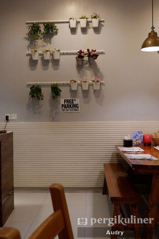 Foto 9 - Interior di Tulp oleh Audry Arifin @makanbarengodri
