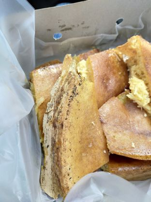 Foto 7 - Makanan di Martabak Encek (Martabak Bangka Legendaris Gg. Aut) oleh Komentator Isenk