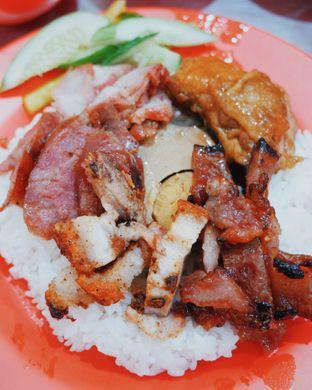 Foto - Makanan di Nasi Campur Aliong 333 oleh Indra Mulia