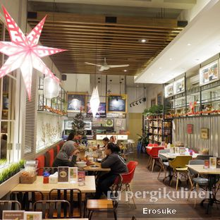 Foto 3 - Interior di Cafe MKK oleh Erosuke @_erosuke