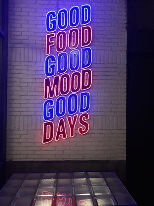 Foto 1 - Interior di Food Days oleh Mouthgasm.jkt