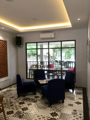 Foto 21 - Interior di de'CLAN Resto & Cafe oleh Prido ZH