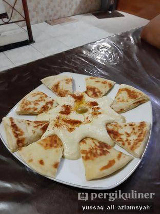 Foto review Restaurant Ayla & Shisa Cafe oleh Yussaq & Ilatnya  4