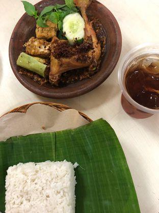 Foto - Makanan di Ayam Besek Bu Tutiek oleh @yoliechan_lie