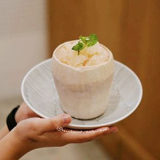 Foto 2 - Makanan(Coconut Pudding) di Boja Eatery oleh Huntandtreasure.id