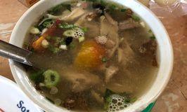 Soto Ayam & Ayam Goreng Bangkong