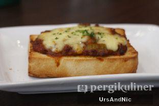 Foto 3 - Makanan(Bruschetta ala mama) di The Kitchen by Pizza Hut oleh UrsAndNic