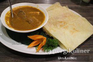 Foto 6 - Makanan(Roti Canai Beef ) di Penang Bistro oleh UrsAndNic