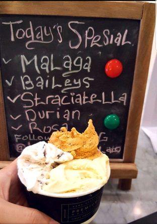 Foto review La Ricchi Ice Cream oleh heiyika  2