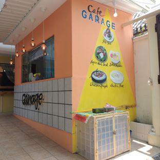 Foto 12 - Eksterior di Garage Cafe oleh duocicip