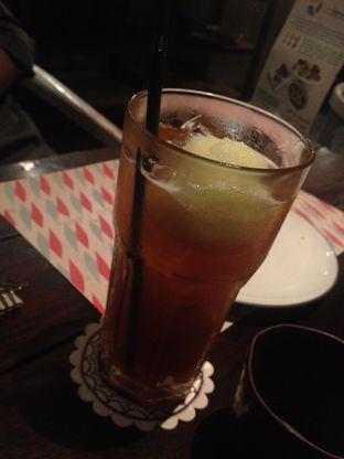 Foto 2 - Makanan di Ocha & Bella - Hotel Morrissey oleh Maya