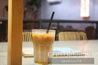 Foto 3 - Makanan(Ice Salted Caramel Coffee) di MONKS oleh Sienna Paramitha