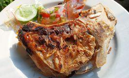 Waroeng Tuna
