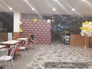 Foto 7 - Interior di BurgerUP oleh Prita Hayuning Dias