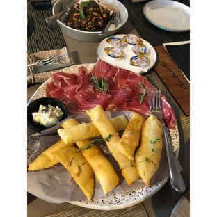 Foto 2 - Makanan(Gnocco fritto con il parma) di Ambiente Ristorante - Hotel Aryaduta Jakarta oleh CumaYangEnak