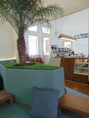 Foto 3 - Interior di Work Coffee oleh doyan kopi