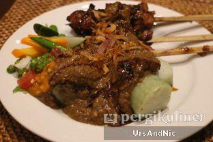 Foto 3 - Makanan(Sate) di Jakarta Restaurant - The Darmawangsa oleh UrsAndNic