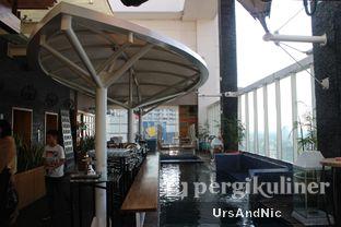 Foto 5 - Interior di Karumba Rooftop Rum Bar oleh UrsAndNic