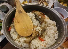 5 Restoran dengan Menu Nasi Liwet di Jakarta yang Rasanya Indonesia Banget