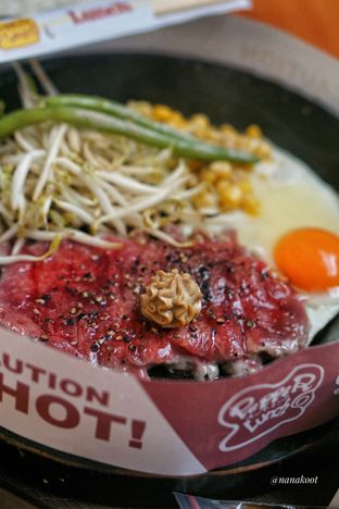 Foto 2 - Makanan di Pepper Lunch Express oleh Nanakoot