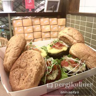 Foto 2 - Makanan di Burgreens Express oleh Anisa Adya