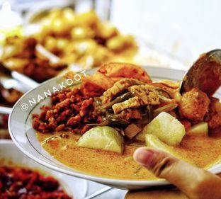 Foto 1 - Makanan di Dapoer Medan oleh Nanakoot