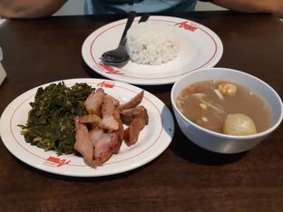 Foto 1 - Makanan(Paket nasi, daging sei, sup brenebon) di Depot Se'i Babi Aroma oleh Anggriani Nugraha