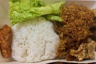 Foto review Nasi Ayam Bude Sari oleh Fadhlur Rohman 2