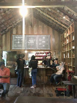 Foto 23 - Interior di Rumah Kopi Ranin oleh Prido ZH