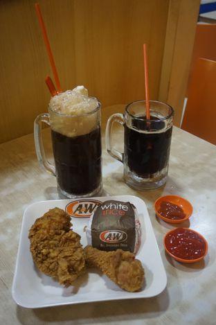 Foto 11 - Makanan di A&W oleh yudistira ishak abrar