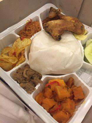 Foto Makanan Di Dapur Solo Oleh Prajna Mudita