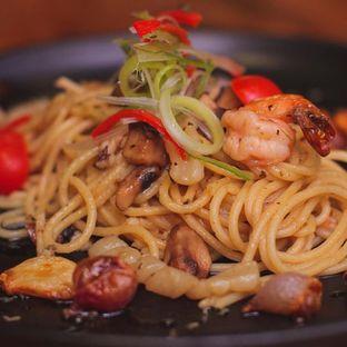 Foto 9 - Makanan di Petrichor Cafe & Bistro oleh Yuhannes Hondir